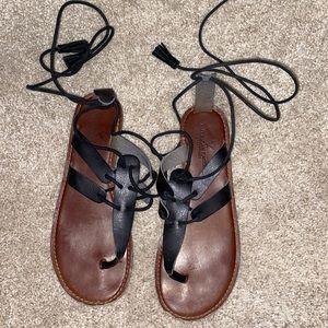AEO Black Sandals